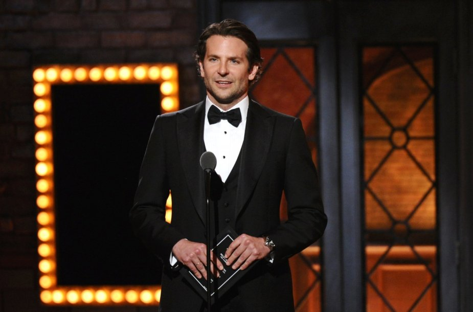 Bradley Cooperis.