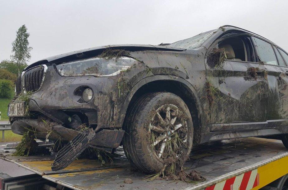Dviejų BMW avarija netoli Kryžkalnio