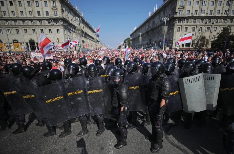 Riaušių policininkai Minske