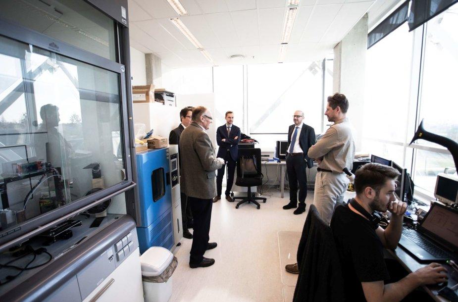 CERN atstovai lankosi Lietuvos mokslo įstaigose