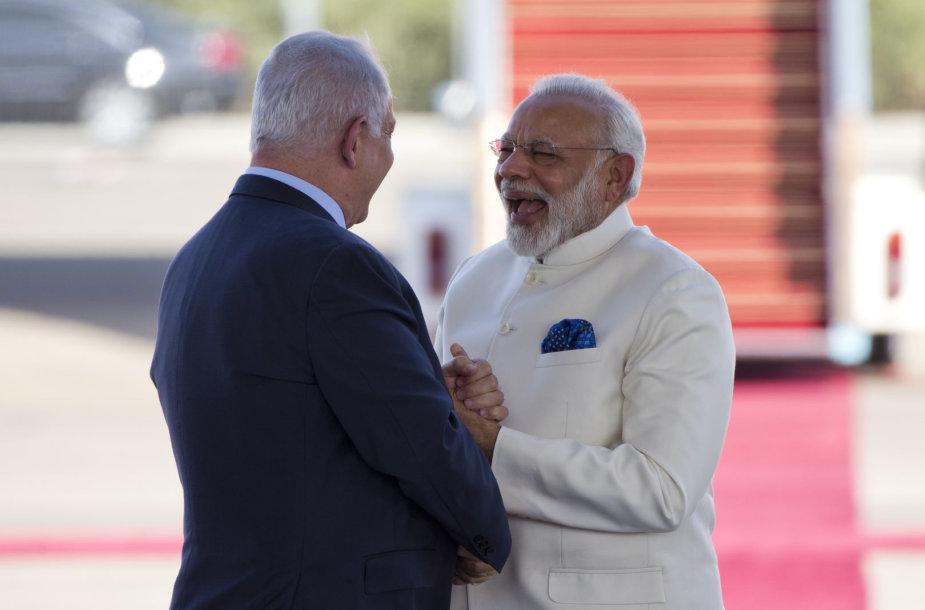 B.Netanyahu ir N.Modi