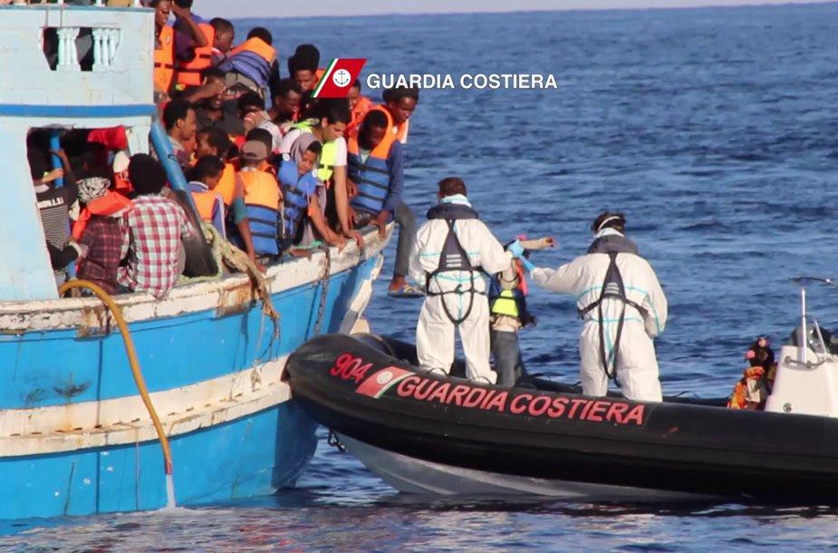 Pabėgėliai Viduržemio jūroje