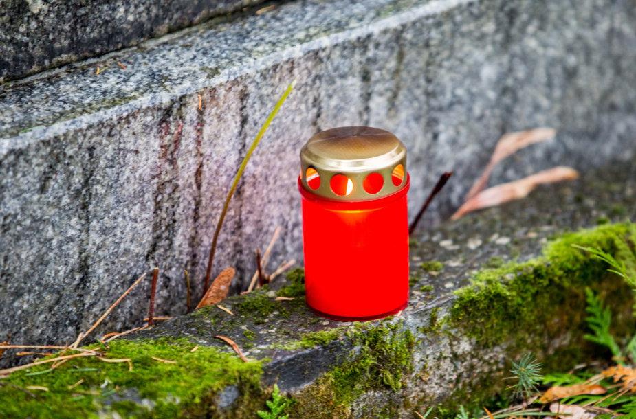 Lapkričio 1-osios rytas Antakalnio kapinėse