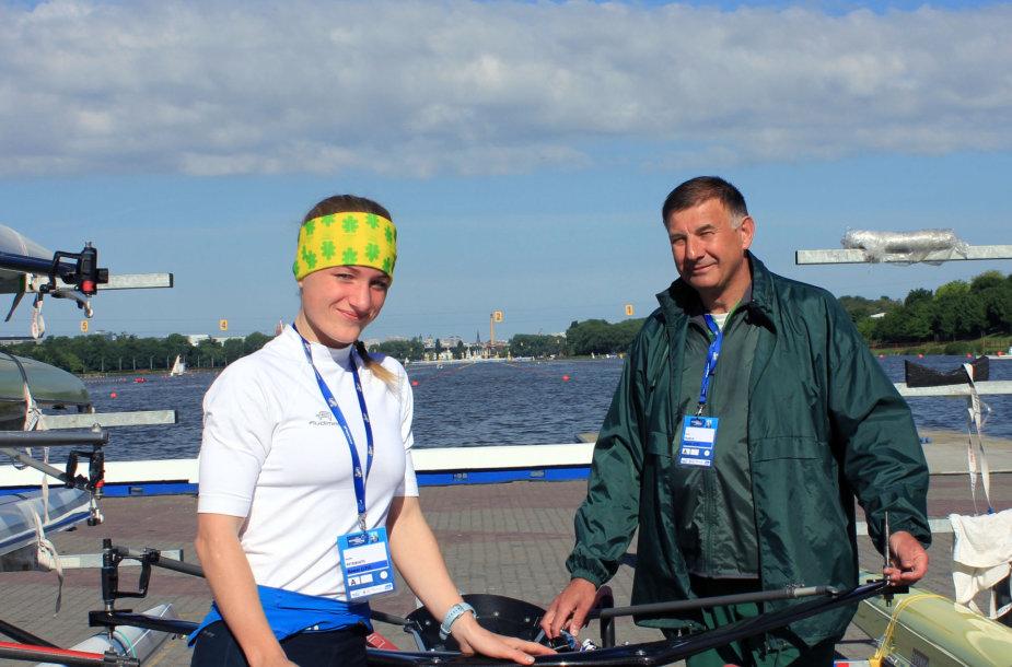 Lengvasvorė vienvietininkė Sonata Petrikaitė su treneriu Valdu Vilkeliu