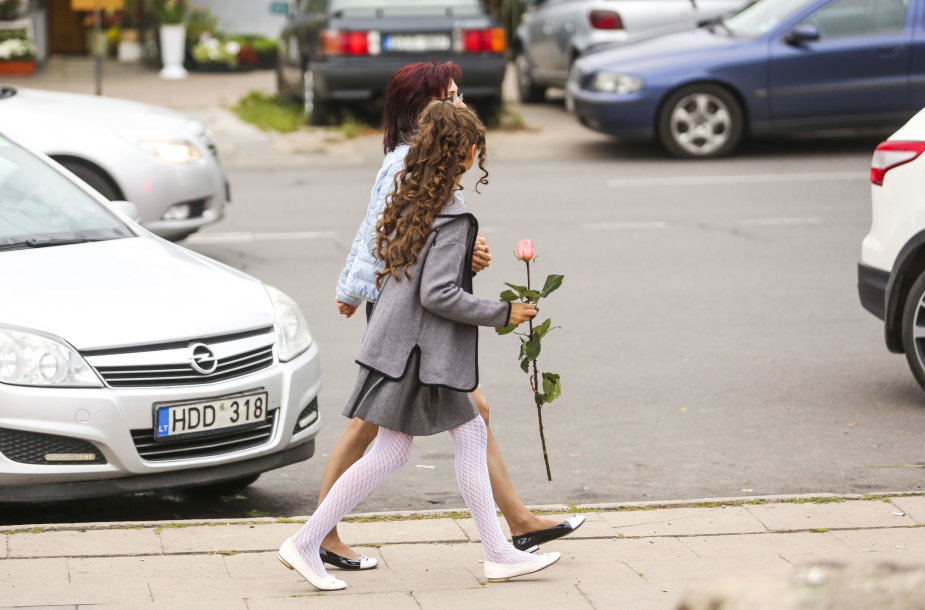 Gėlių pardavėjai džiaugiasi Rugsėjo 1-ąja