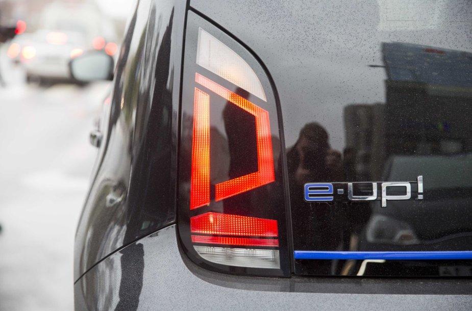 Vilniaus miesto savivaldybė nusipirko tris Volkswagen e-up automobilius