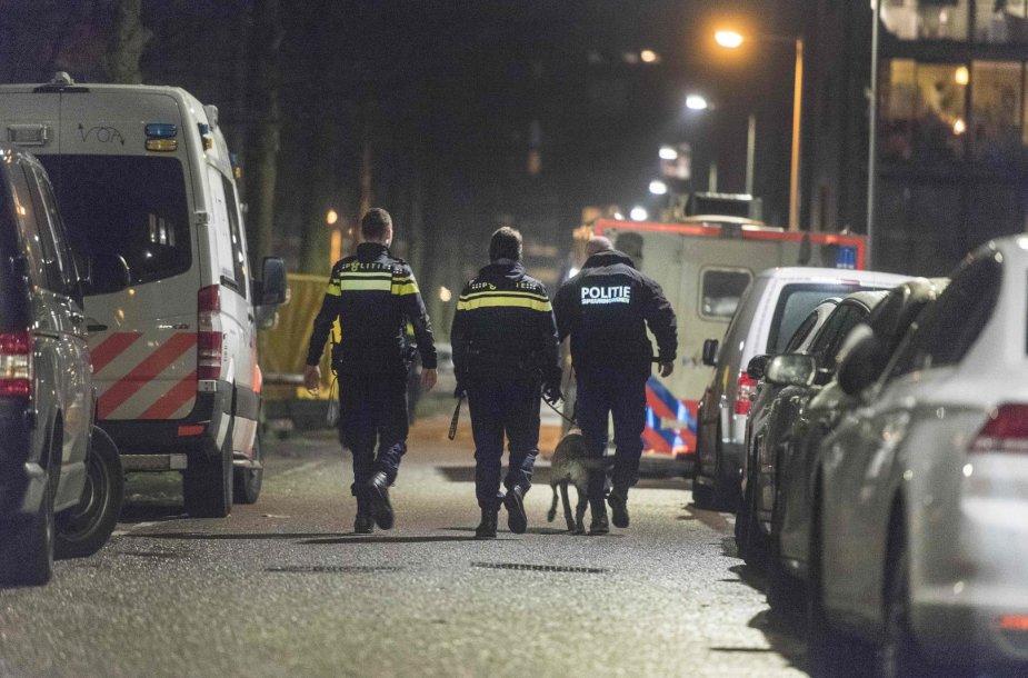 Amsterdamo policija po gaujų susišaudymo miesto centre