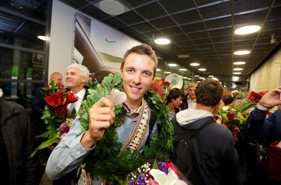 ramunas-navardauskas-parveze-bronzos-medali