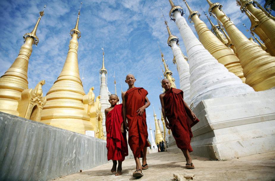 Vienuoliai Mianmare