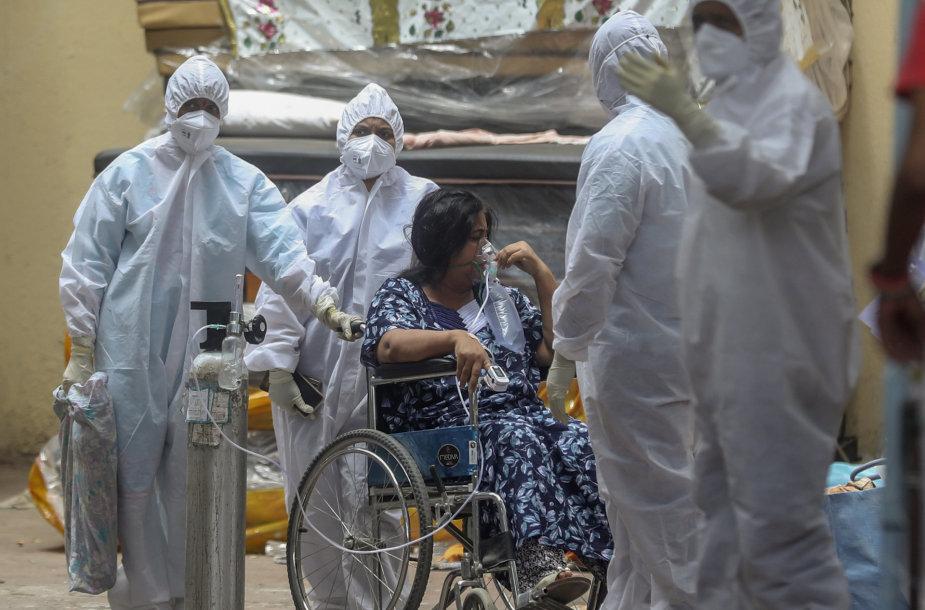 Kova su koronavirusu Indijoje