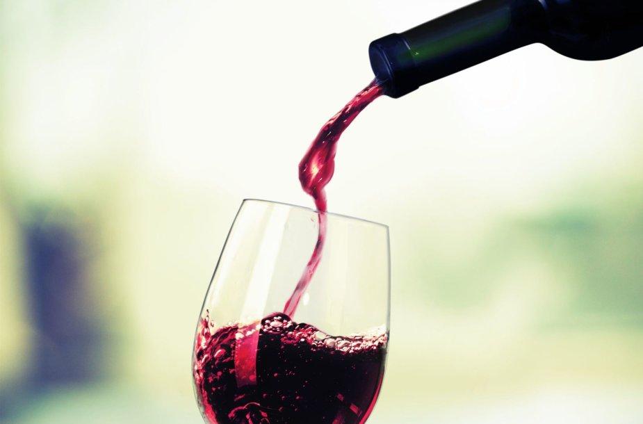 Vynas ir kepsnys
