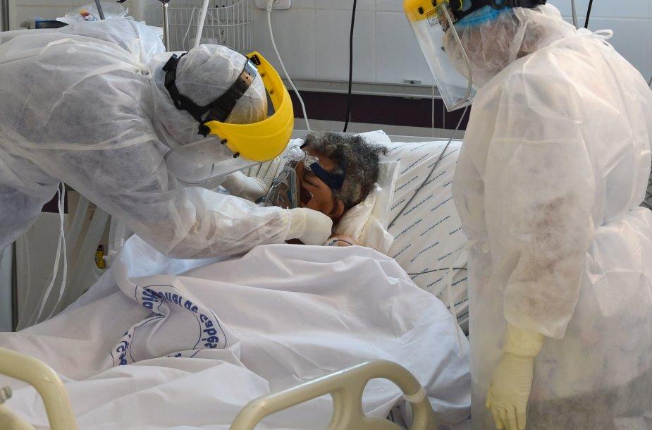 Pacientės, susirgusios COVID-19, gydymas
