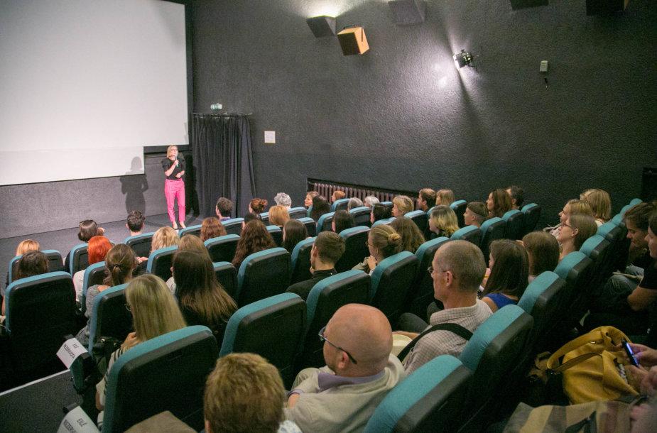 """Kino teatras """"Skalvija"""" atnaujino kino salę"""