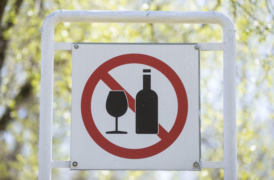 Alkoholio draudimo ženklas