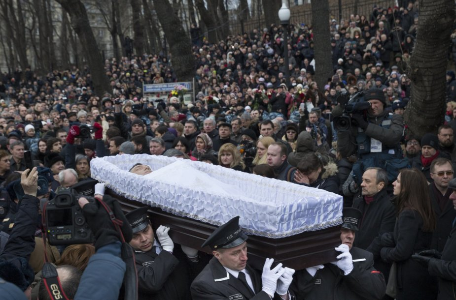 Nešamas Boriso Nemcovo karstas