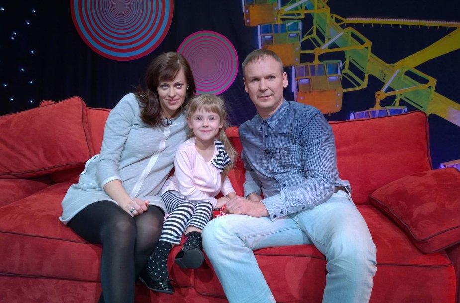 Ligitas Kernagis su žmona Neringa ir dukra Šarlote