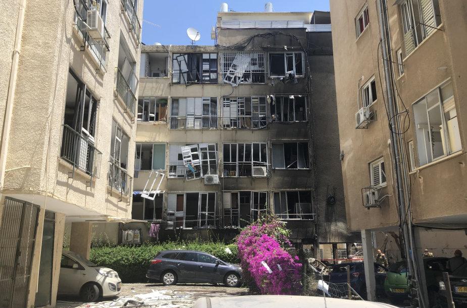 """Izraelis po """"Hamas"""" oro smūgių"""