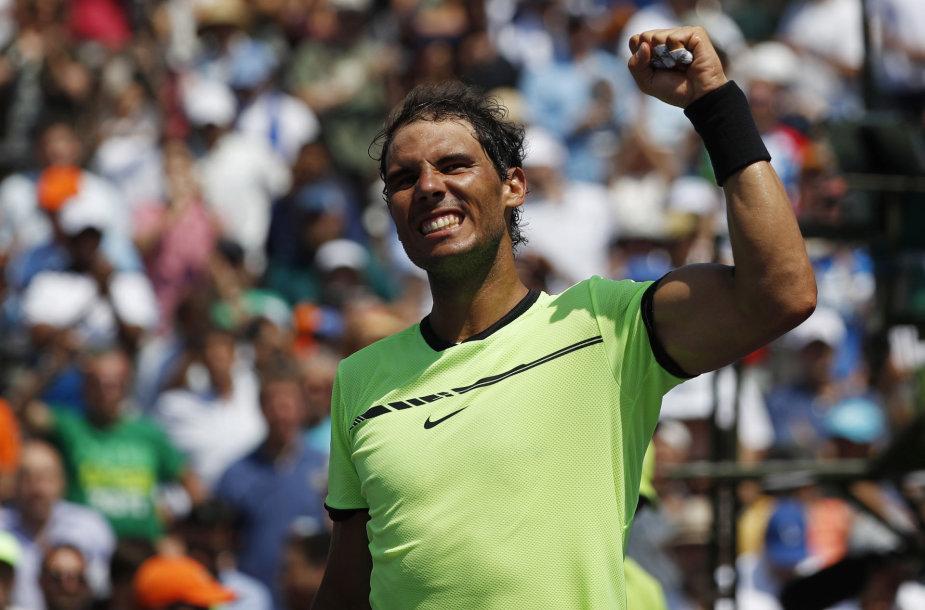 "Rafaelis Nadalis ""Miami Open"" pusfinalyje nugalėjo Fabio Fogninį"