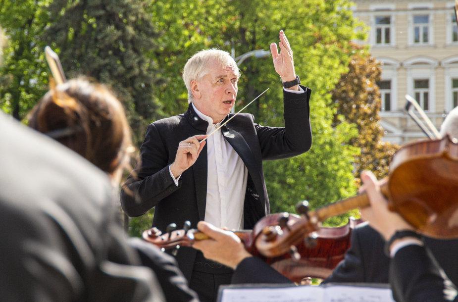 Katedros aikštė, Lietuvos valstybinis simfoninis orkestras ir Gintaras Rinkevičius