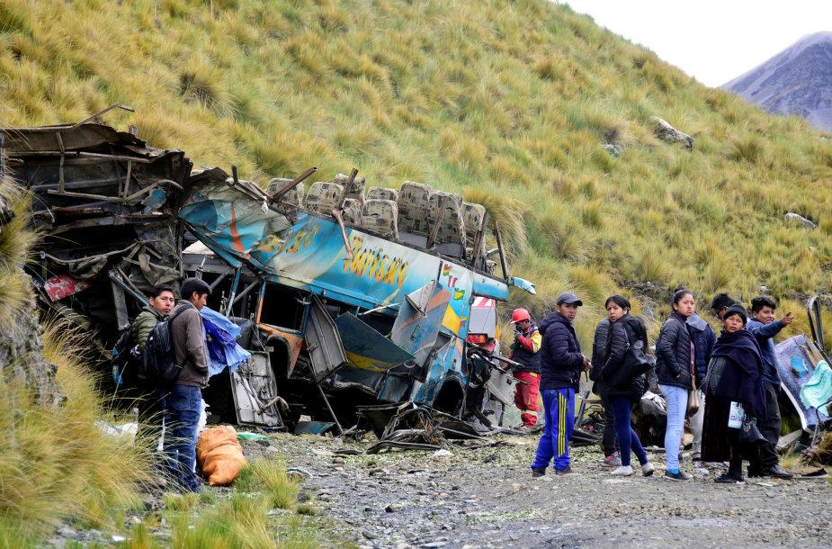 Autobuso avarija Bolivijoje