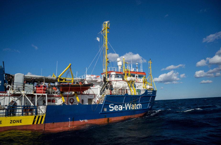 """Laivas """"Sea Watch 3"""" su nelegaliais migrantais"""
