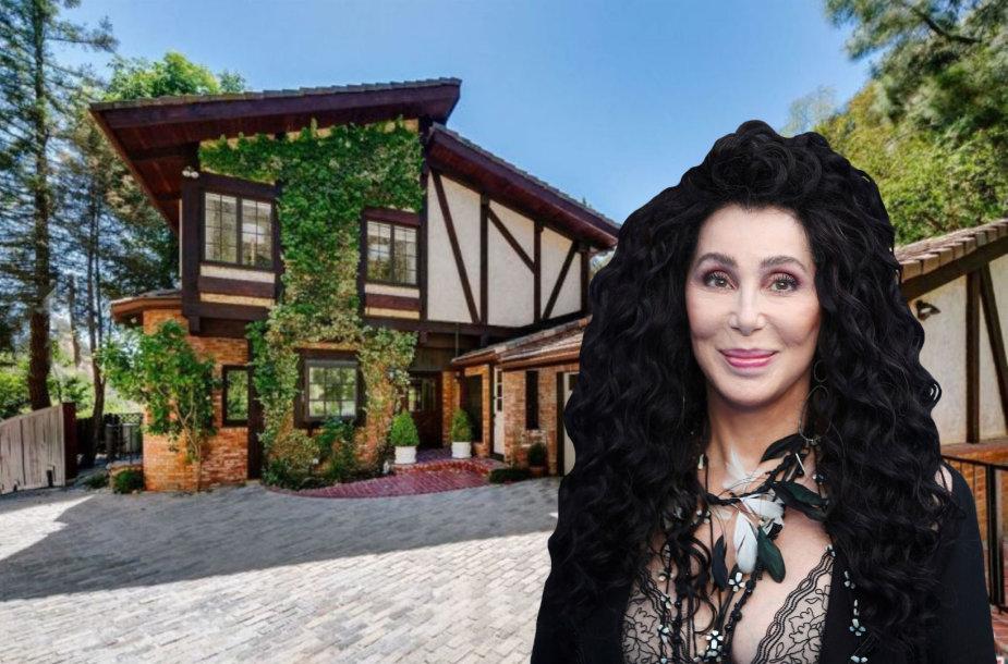 Cher parduoda namą Beverli Hilse