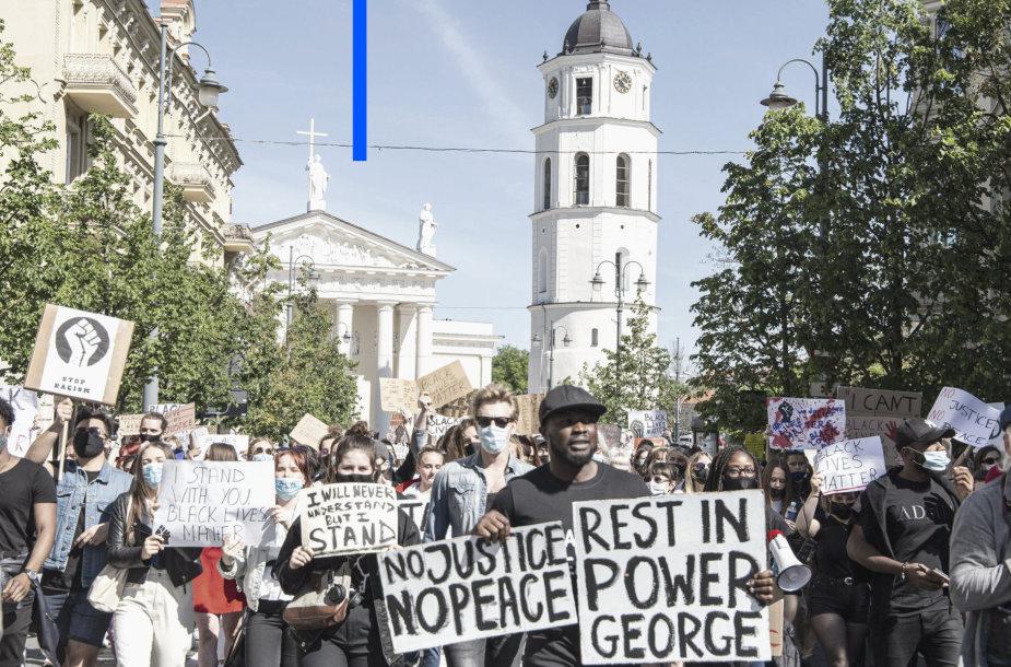 Eisena už juodaodžių teises Vilniuje