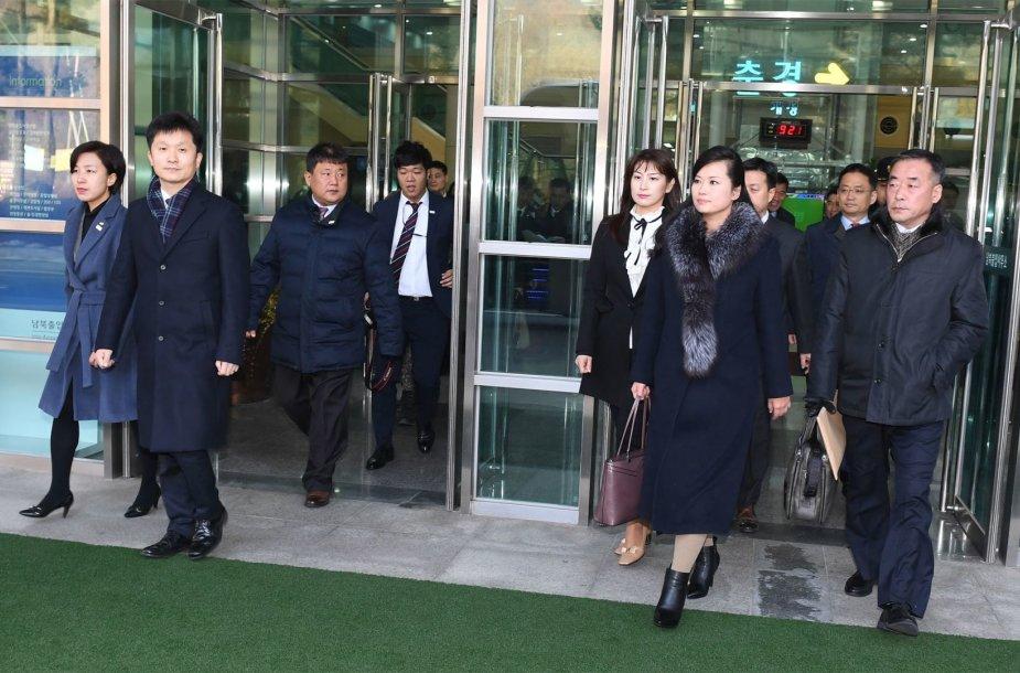 Šiaurės Korėjos delegacija atvyko į Pietų Korėją