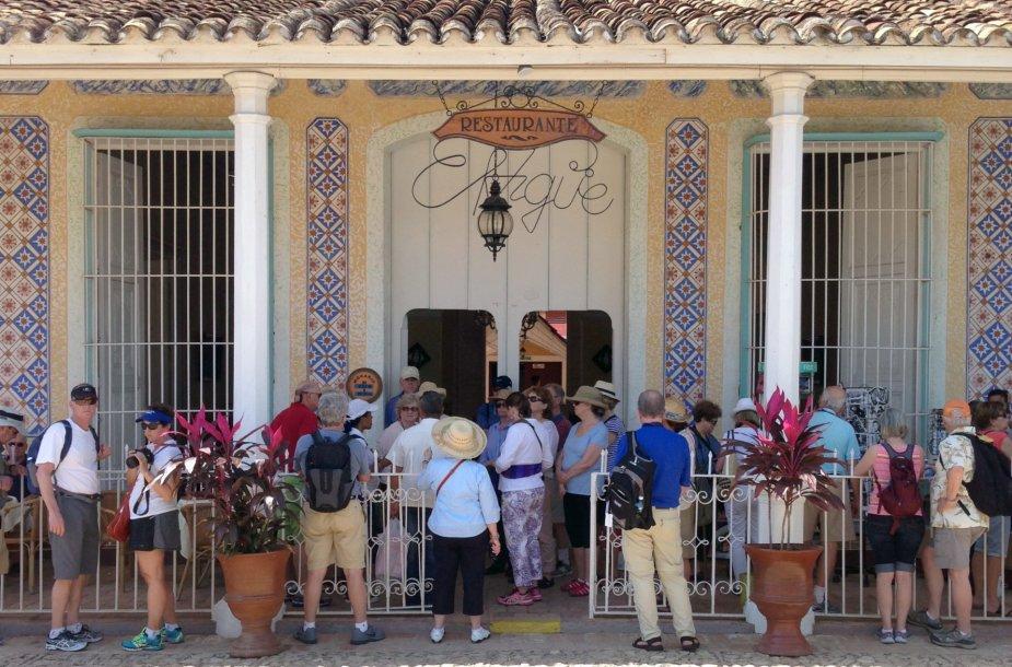 Turistai Kuboje