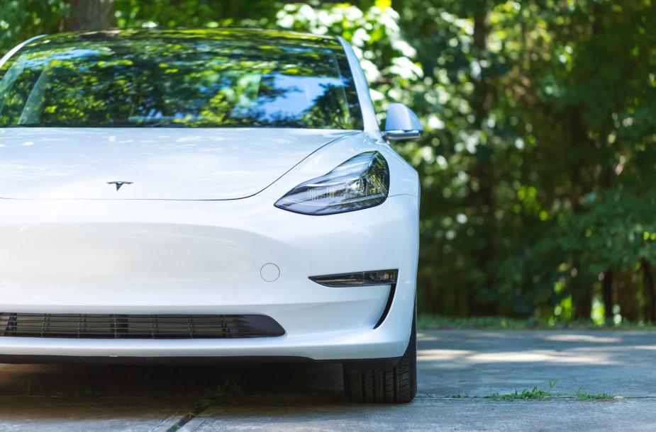 """Tesla"" Model 3"