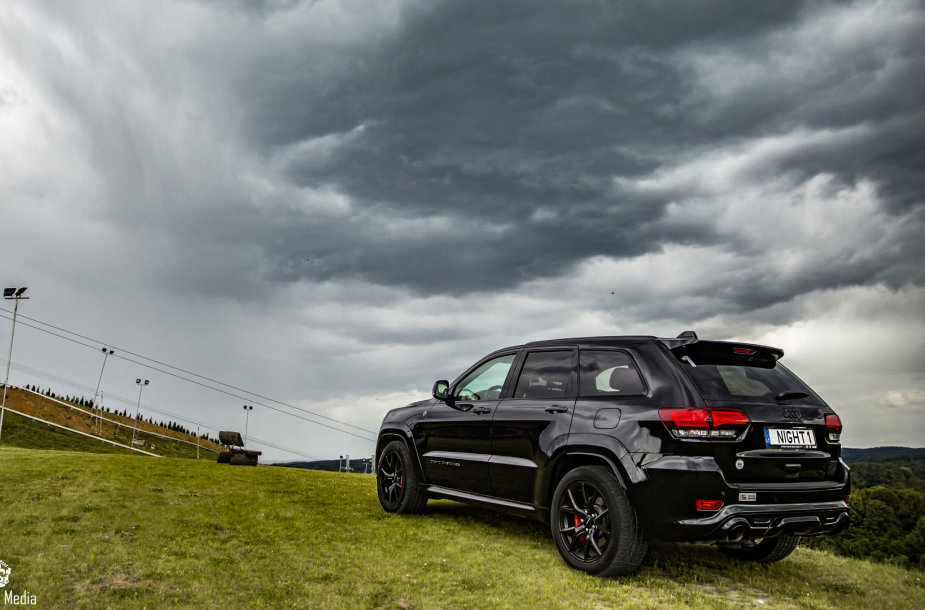 """Jeep Grand Cherokee SRT Night"""