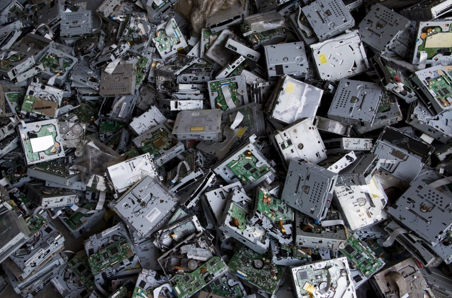 Elektronikos atliekų sąvartynas Guiyu mieste Kinijoje