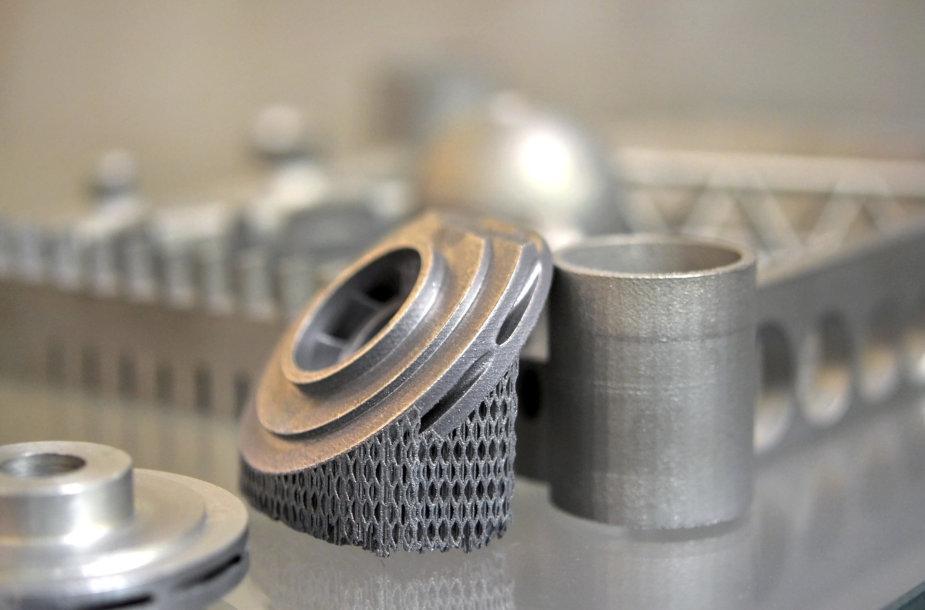 3D spausdintuvu sukurtos metalinės detalės