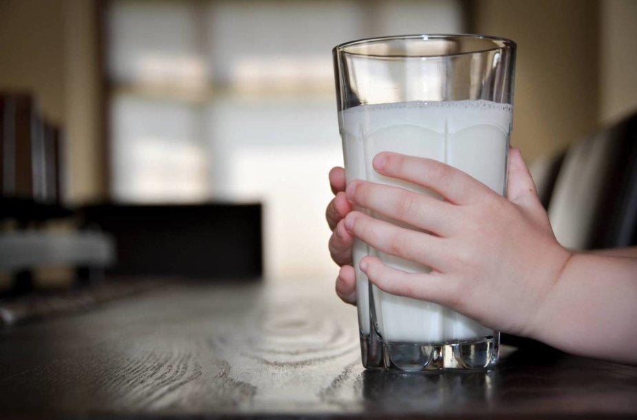 Jei norite turėti sveikas kepenis, gerkite pieną