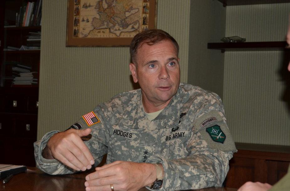 Gen.ltn.Frederickas B.Hodgesas