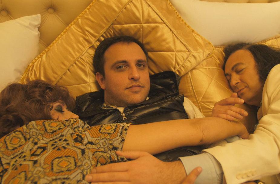 Radžis lovoje su Orestu ir Džilda Vaigauskais