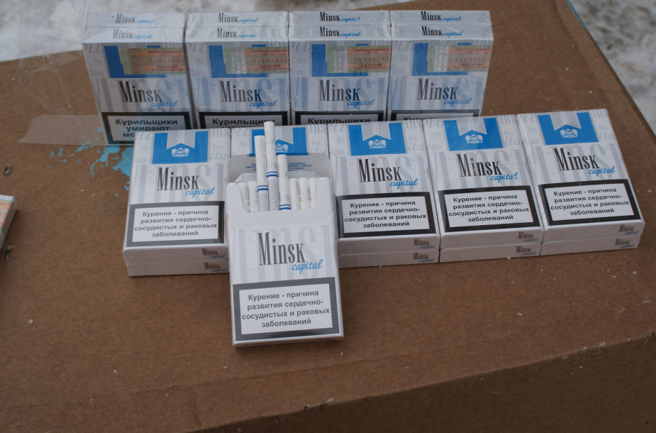 Sulaikytas vilkikas su cigarečių kontrabanda