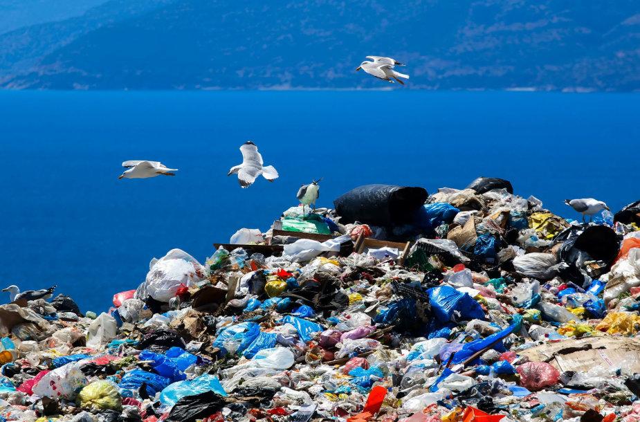 Plastikas vandenyne