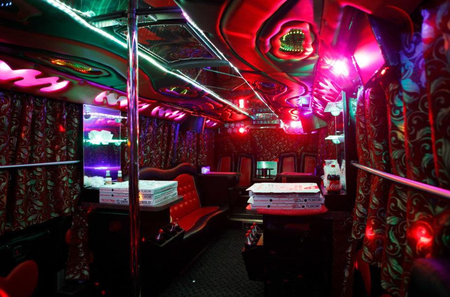 Vakarėlių autobusas