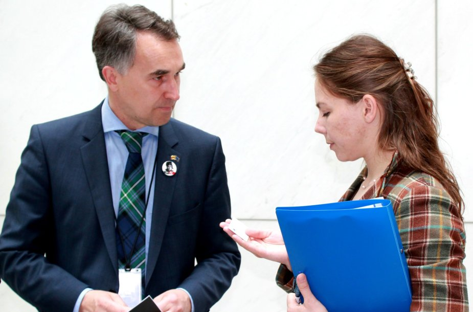 Petras Auštrevičius susitiko su Vira Savčenko, Ukrainos pilotės Nadijos Savčenko seserimi