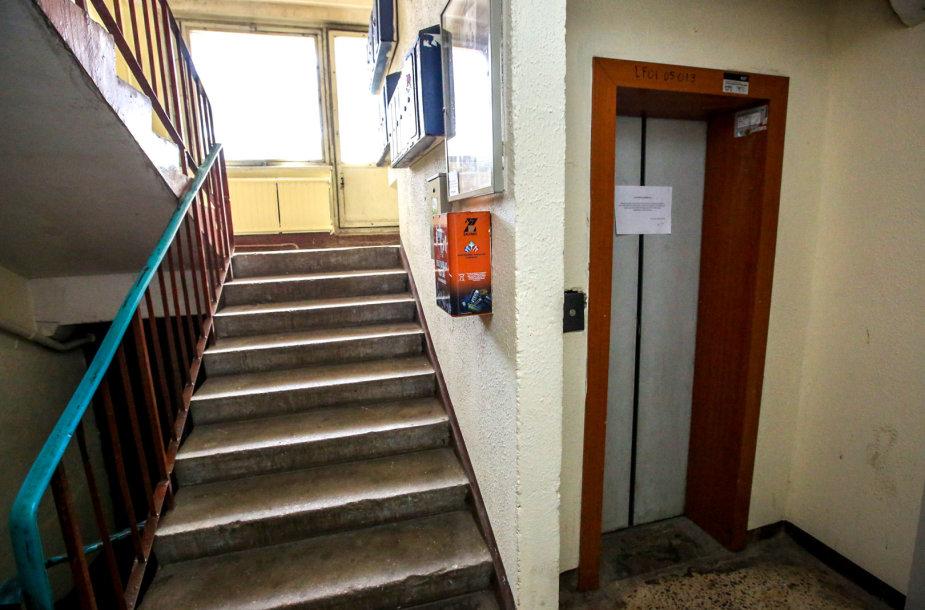 Sostinės Karoliniškių rajone atjungiami liftai