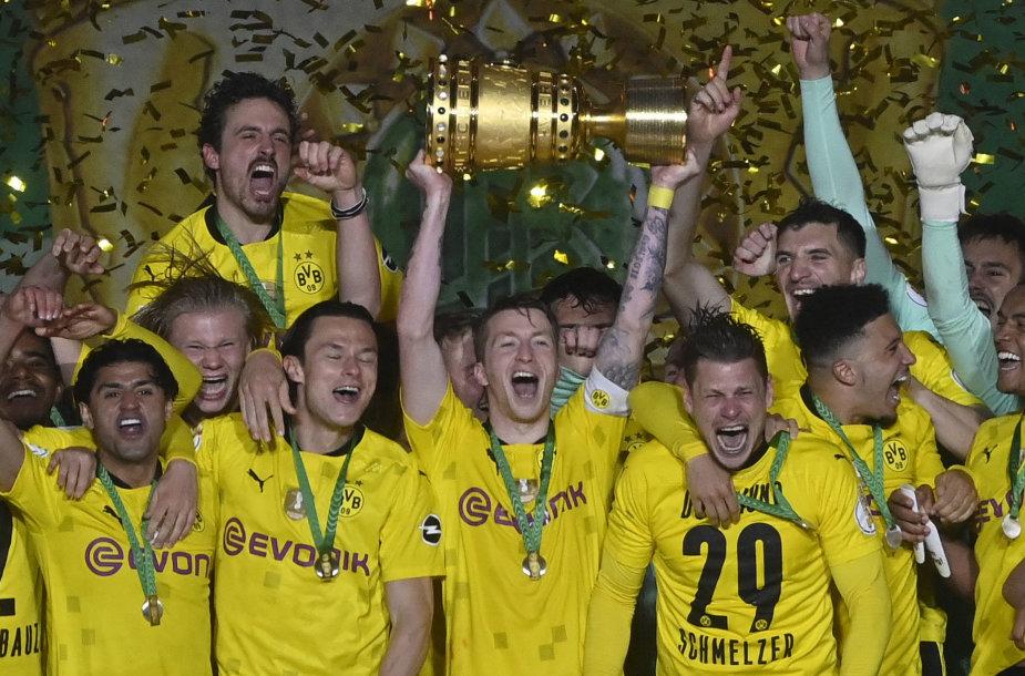 """Dortmundo """"Borussia"""" triumfas"""