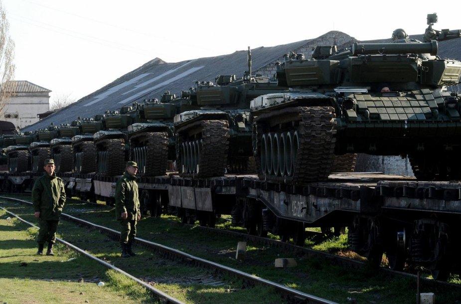 Rusų tankai Kryme