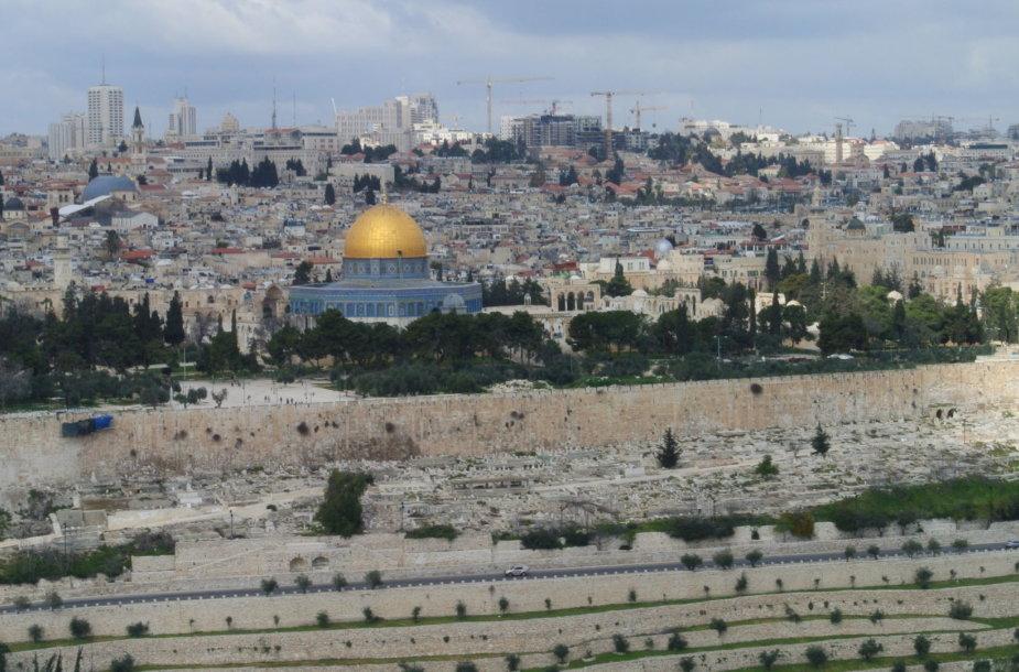 Jeruzalė, žvelgiant nuo Alyvų kalno
