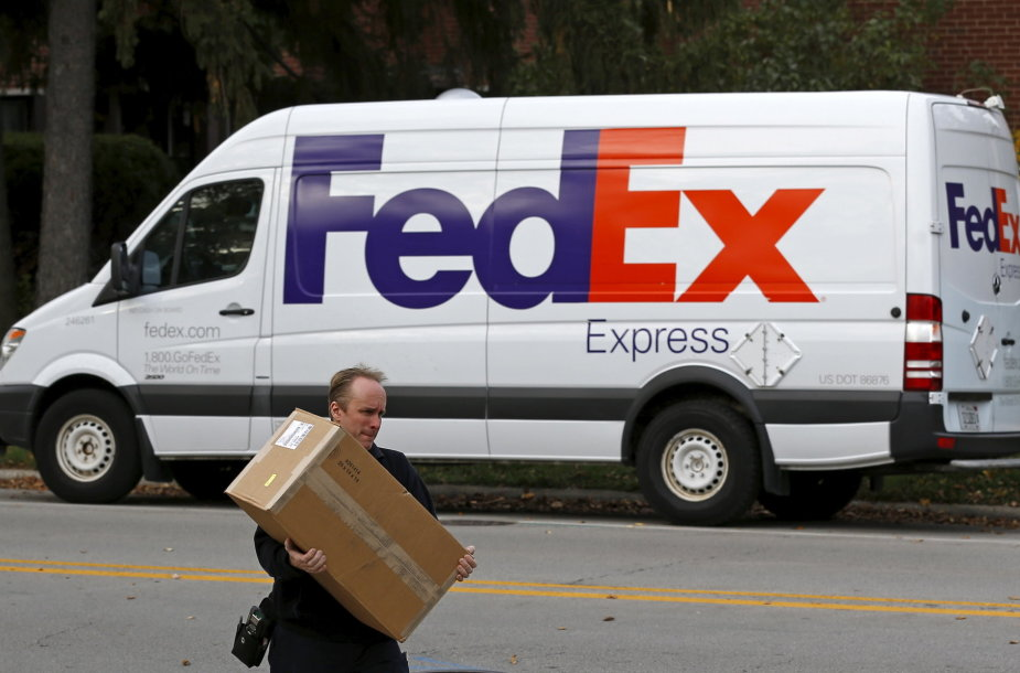 """""""FedEx"""" automobilis"""