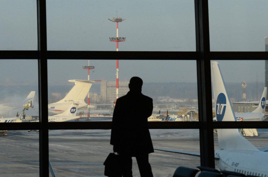 Keleivis Maskvos Vnukovo oro uoste