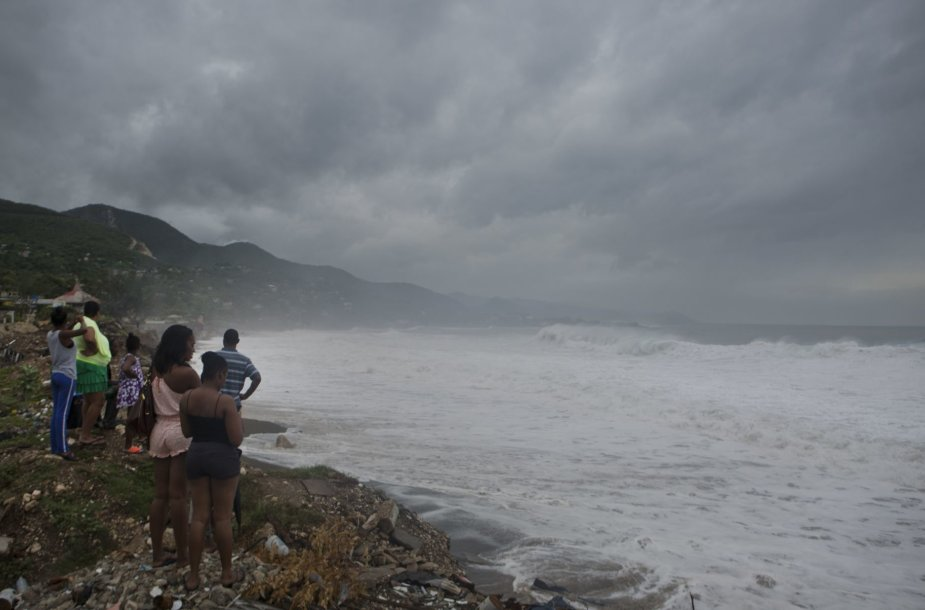 """Haityje siautėja uraganas """"Matthew"""""""
