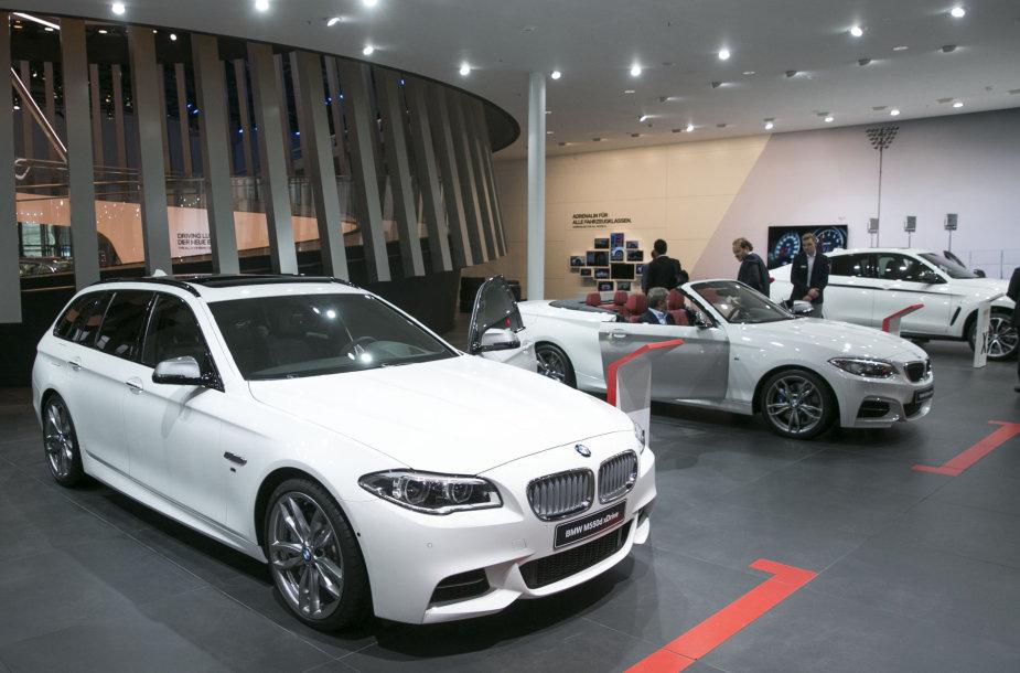 BMW stendas Frankfurto automobilių parodoje