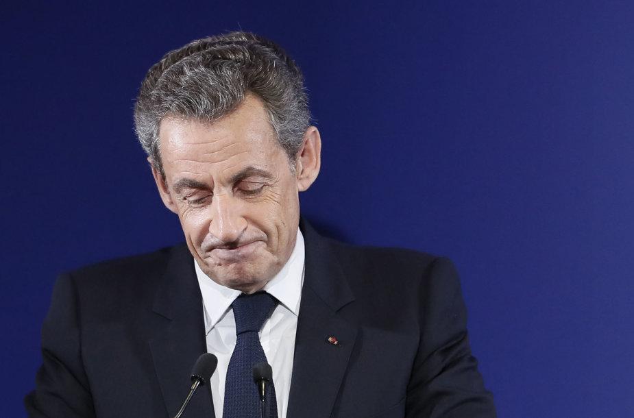 Nicolas Sarkozy po pralaimėjimo palinkėjo Prancūzijai sėkmės
