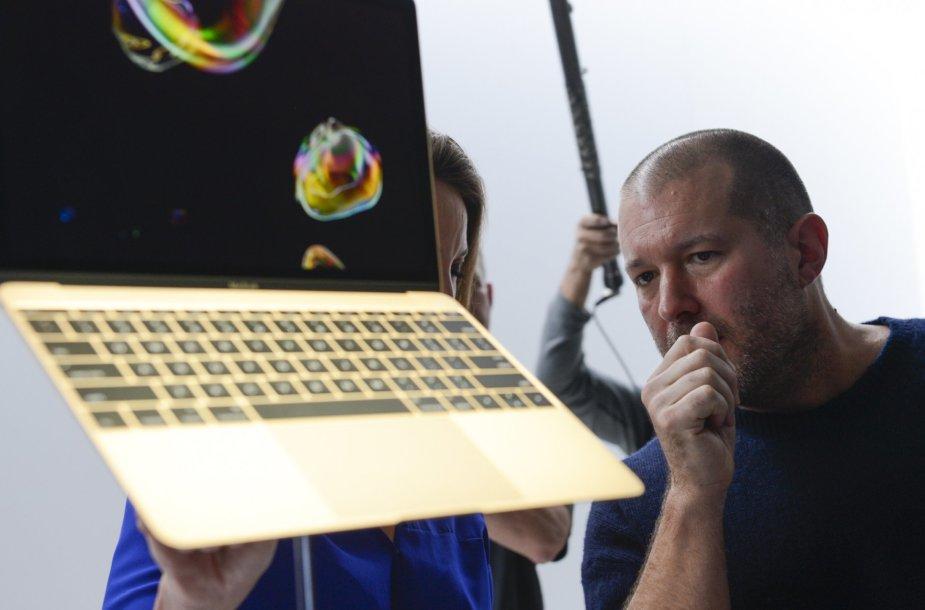 """""""Apple"""" pristatė naujajį itin ploną ir lengvą """"MacBook"""""""
